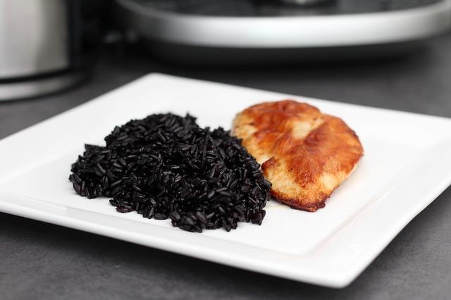 Comment réaliser un repas monochrome?